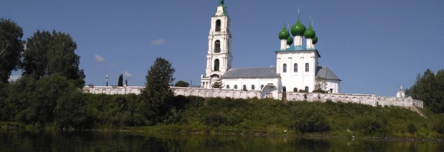 На праздник свт. Николая в Диево-Городище, с. Вятское
